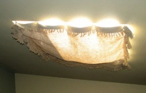 How-to-make-a-cheap-skylight-cover0